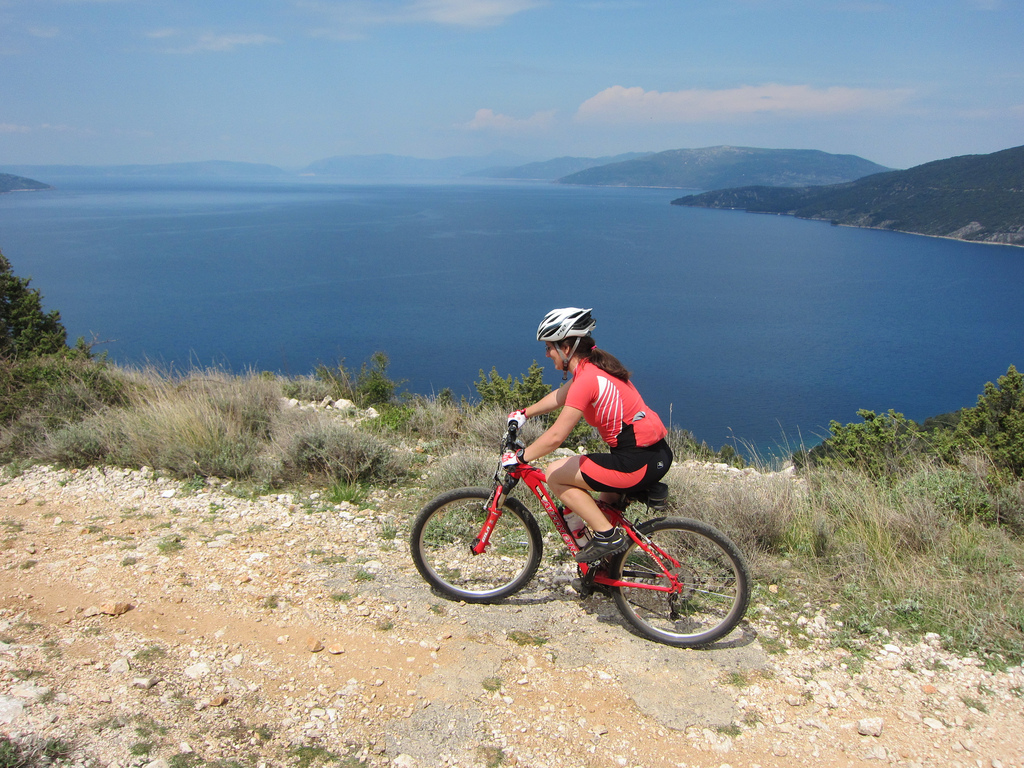 Cres-Valun_by_bike (1)
